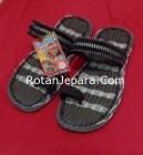 Sandal Rotan 04