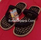 Sandal Rotan 09