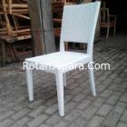 Kursi Makan warna putih duco rotan sintetis