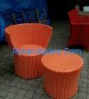 Meja Teras Rotan sintetis kombinasi orange dan putih