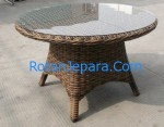 Rattan dining table hotel