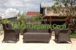 Sofa rotan sintetis set untuk resto atau rumah makan