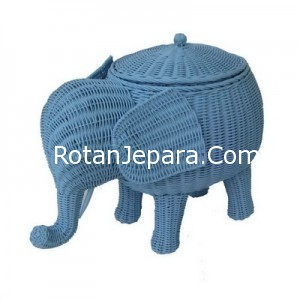 Handycraft elephant rattan craft