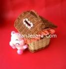 Souvenir rumah kerajinan anyaman rotan