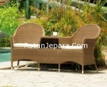 The patio chairs set of wicker is modern and luxurious