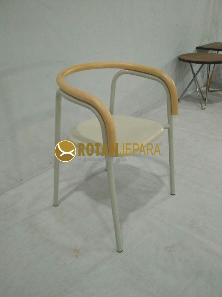 Common Chair Grrad White Hotel Collections