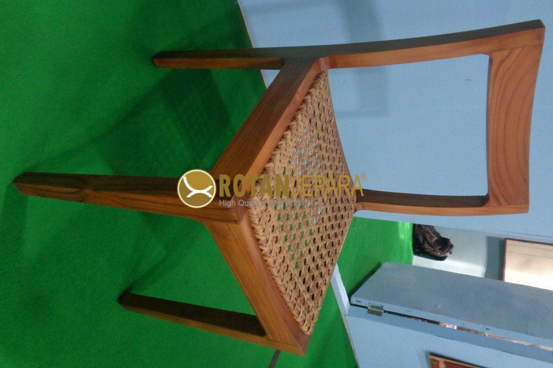 Pizza Hot Teak Wicker Side Chair